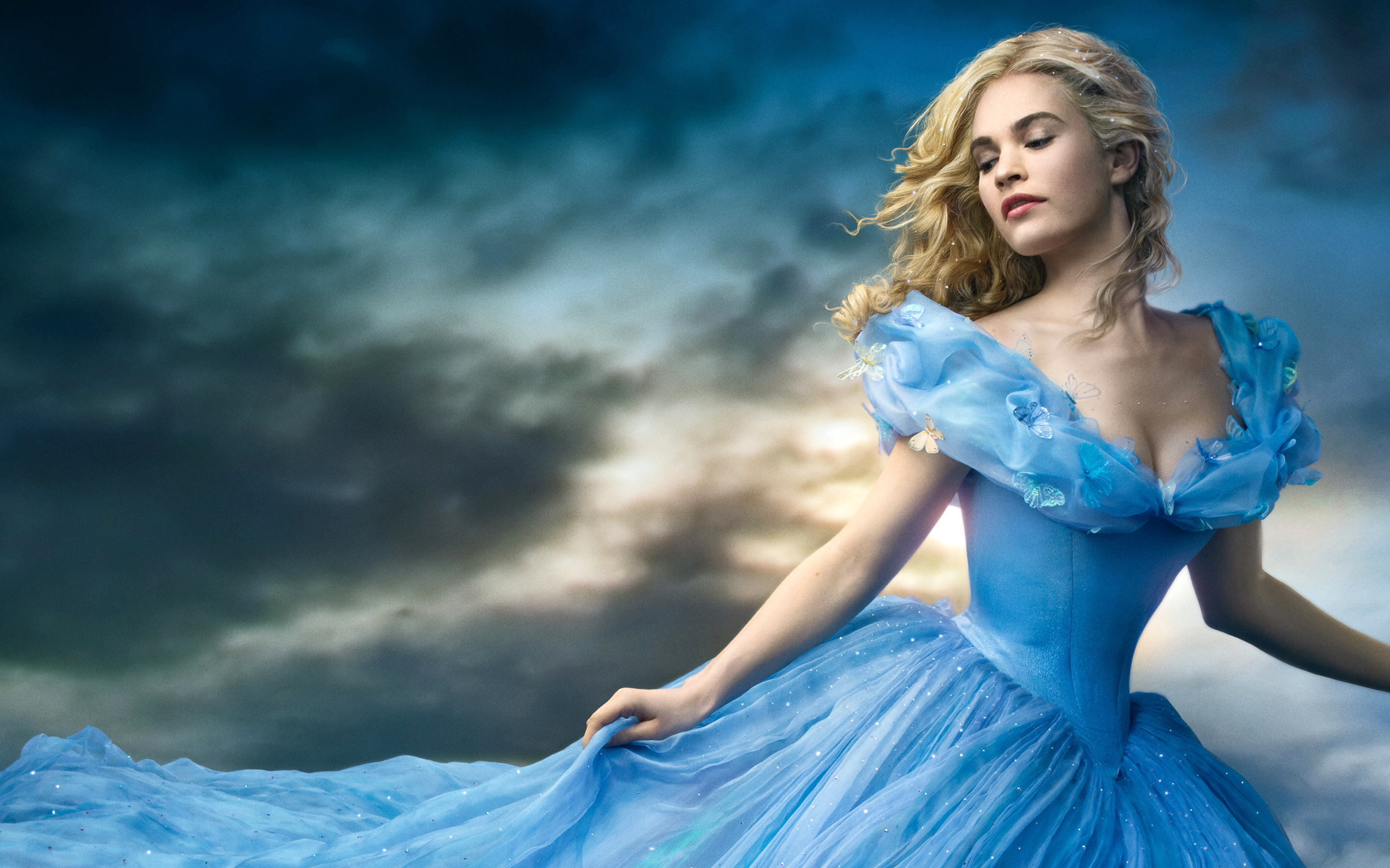 Lily James Has Some Words for You About Her 'Cinderella' Waistline