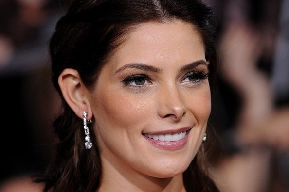Ashley Greene's 10 Most Glamorous Moments