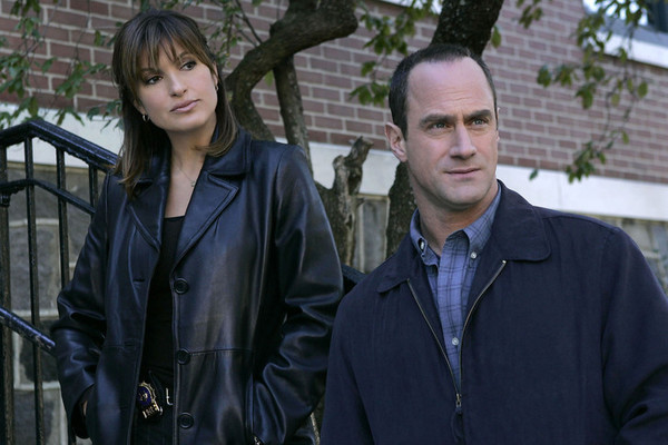 Christopher Meloni's Elliot Stabler Is Getting A 'Law & Order: SVU' Spin-Off