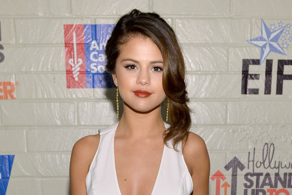 All the Ways Selena Gomez Is Getting Over Justin Bieber Once and For All