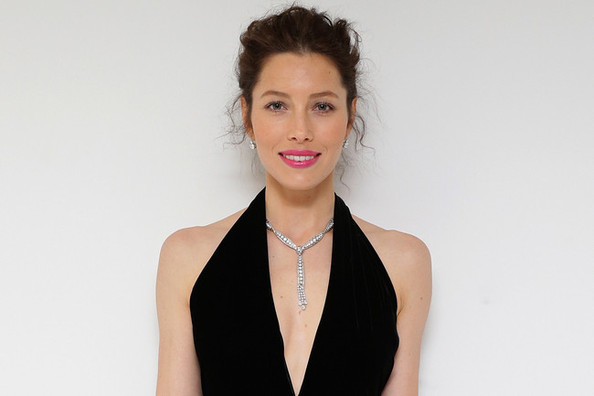 Jessica Biel's Striking V-Neck Gown