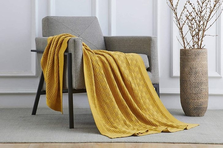 The Best Chunky Knit Blankets For 2021