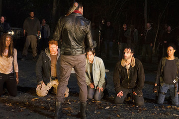 Here's the First Photo From 'The Walking Dead' Season 7