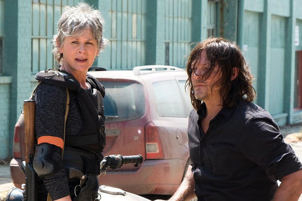 The Walking Dead: Carol & Daryl Reunite in First Season 8 Image