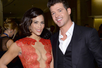 So, Robin Thicke's Twitter Q&A Went Hilariously Awry