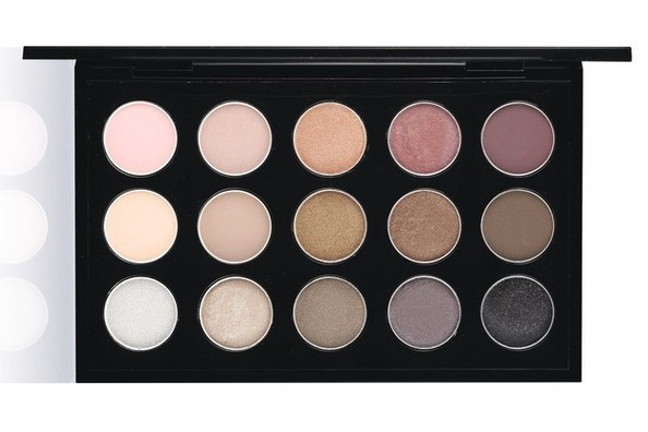 Calling All Makeup Fanatics: Your New Neutral Eye Palette Has Arrived