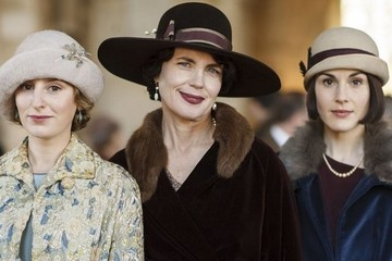 In The Latest Pearl-Clutching News, We're Finally Getting A 'Downton Abbey' Movie!