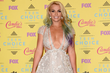'Gimme More:' Britney Spears Says She's Working on a Brand New Album