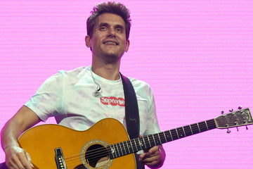 The Internet Is Going Nuts Over John Mayer's 'Kylo Ren Challenge'