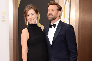 Pregnant Olivia Wilde and Jason Sudeikis Make an Adorable Oscar Pair