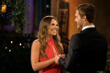 The Weirdest Contractual Obligations 'The Bachelor' And 'The Bachelorette' Contestants Must Follow