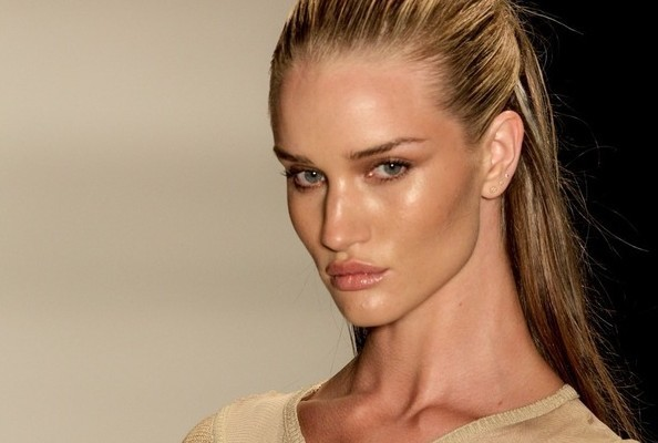 Rumormongering: Rosie Huntington-Whiteley Backed Out of 'Project Runway All Stars'