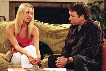 Kaley Cuoco Pays Tribute To Her Late TV Dad John Ritter