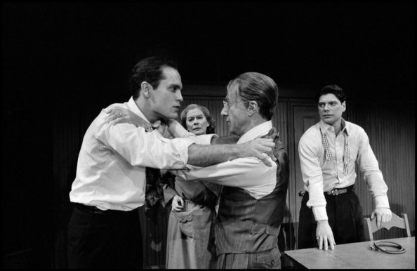 ending of the dead of the salesman While both participating in a production of death of a salesman, a teacher's wife is assaulted in her new home, which leaves him determined to find the perpetrator.