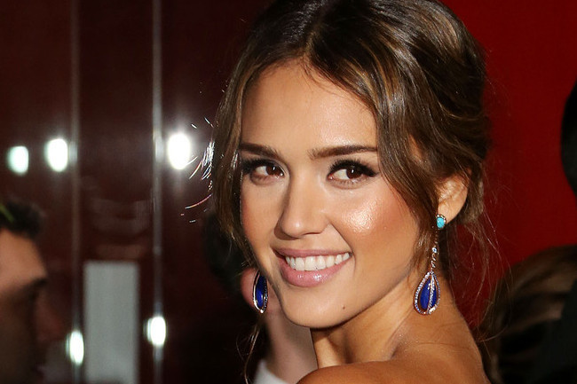 Jessica Alba Works a Hot Pink Ball Gown