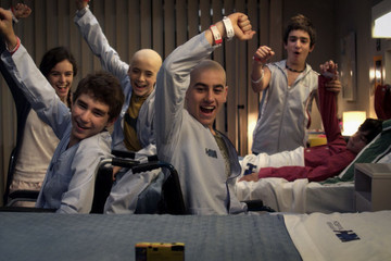 Surf or Stay? FOX's 'Red Band Society'