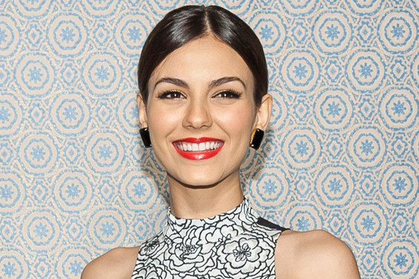 Victoria Justice Talks Makeup, Winter Style, and Love