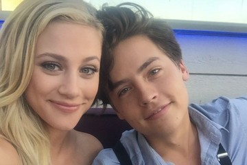 We Now Have Photographic Evidence Cole Sprouse And Lili Reinhart Are Dating