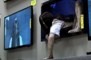 Watch the Girl from 'The Ring' Freak Out Some People Just Trying to Buy TVs