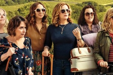 Why Netflix's 'Wine Country' Is The Staycation You Deserve