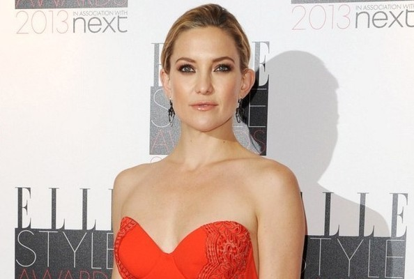 Kate Hudson's Red Bustier Gown