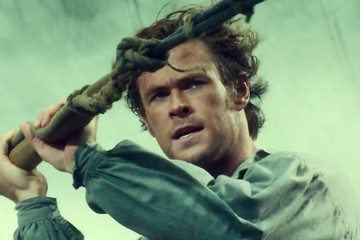 Chris Hemsworth Fights a Whale, Talks In a New England Accent, in 'In the Heart of the Sea'