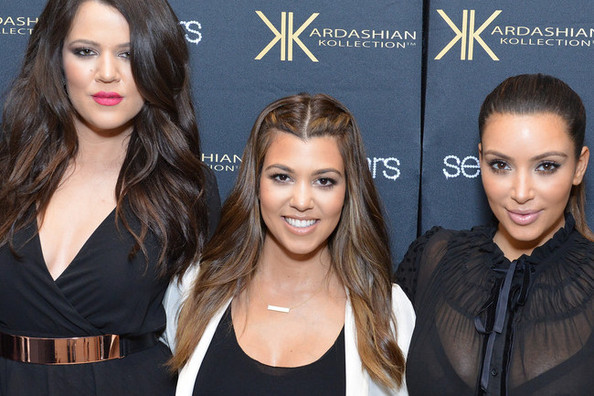The Kardashians Have a Hoo-Hoo Smelling Contest + More Celebrity Hijinks!