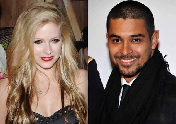 Avril lavigne who is she dating 2012