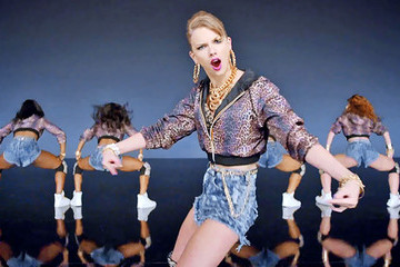 Why Taylor Swift's 'Shake It Off' Video Proves She Should Stick to Country