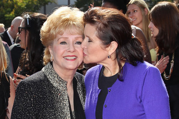 Carrie Fisher and Debbie Reynolds Will Be Buried Next to Each Other After a Joint Memorial Service