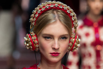 Seven Podcasts Made for Fashion and Beauty Lovers