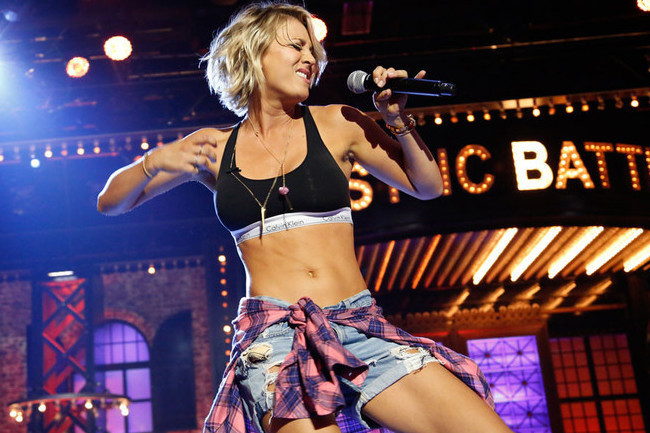 kaley cuoco shakes what her mama gave her for lip sync