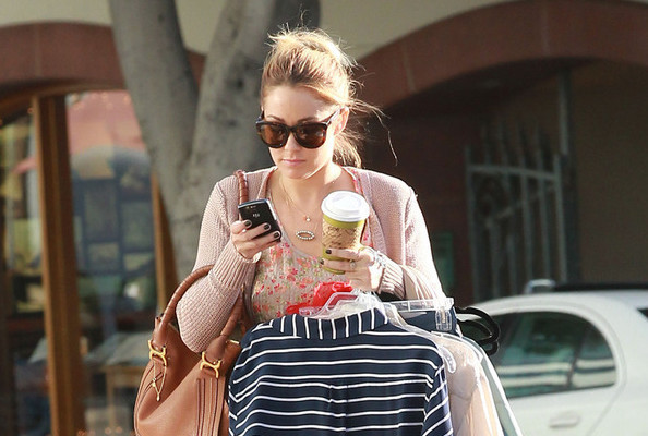 Nothing Will Stop Lauren Conrad From Getting a Manicure