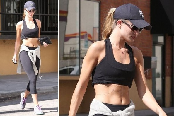 Get Rosie Huntington-Whiteley's Fierce Workout Gear