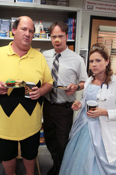 The Office' - Halloween Costumes from 'Modern Family,' 'New Girl ...