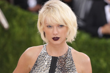 Taylor Swift's New Song 'Call It What You Want' Is Probably an Ode to Her Newest Boyfriend