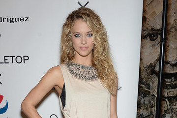 5 Things to Know About Hannah Davis, the New 'SI' Swimsuit Cover Girl