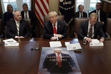 Trump Took A 'Game Of Thrones'-Inspired Poster Of Himself To A Cabinet Meeting