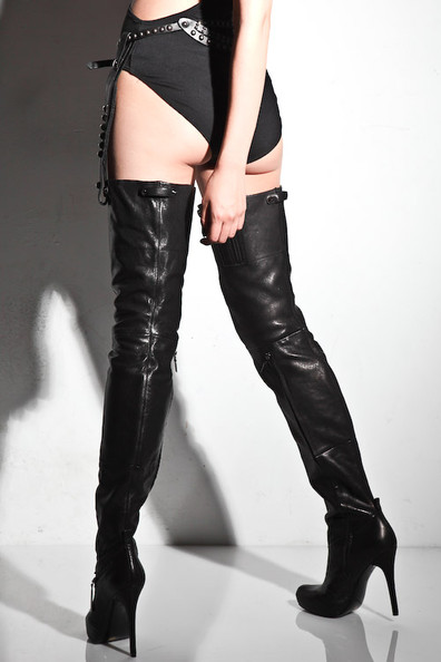 df3922de00e These Report Signature  Kane  boots (adored and featured by Nitrolicious)  take the whole overexposure thing to the next level by giving the boot a  lingerie ...