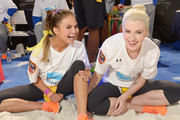 Memorable Moments from Celebrity Super Bowl Parties 2014