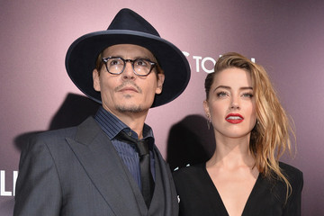 Johnny Depp Confirms His Engagement to Amber Heard in the Weirdest Way Possible