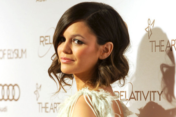 Weekend Beauty Dare: Go Short With A Faux Bob