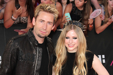 LISTEN: Avril Lavigne and Chad Kroeger's 'Let Me Go,' the Song that Made Chavril Happen