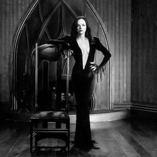 You've Got to See This Photo of Christina Ricci as Morticia Addams