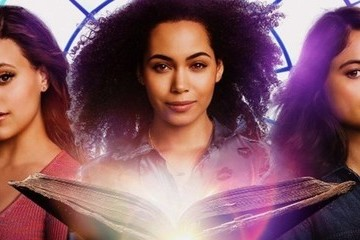 The 'Charmed' Reboot Is An Addicting, Wild Ride, And You Should Give It A Chance