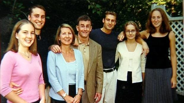 Caitlin Atwater, Clayton Peterson, Kathleen Atwater, Michael Peterson, Todd Peterson, Martha Ratliff, and Margaret (Ratliff) Blakemore. (Netflix)