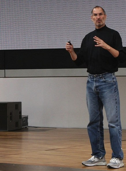 The Emperor 39 S New Clothes Get The Look Dress Like Steve Jobs Zimbio