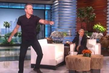 Matt Damon Whips Out His Sexy Dad Moves for Charity on 'Ellen'