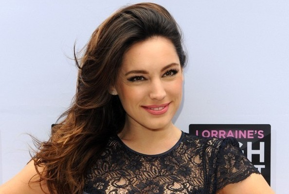 You'll Never Guess What Kelly Brook Used as a Hair Scrunchie