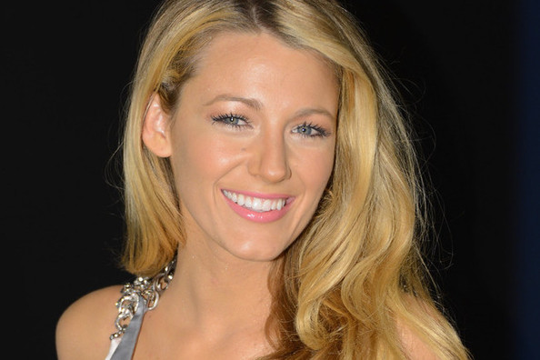 Blake Lively's New Project, Kerry Washington Mannequins Are a Real Thing, and More